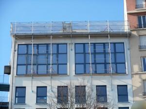 echafaudage-au-1er-niveau-en-facade